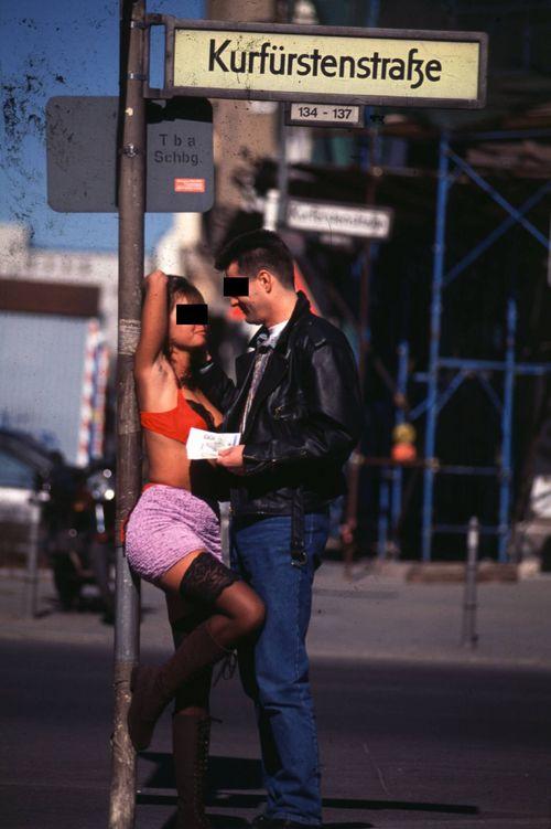 Online-Dating-Prostitution
