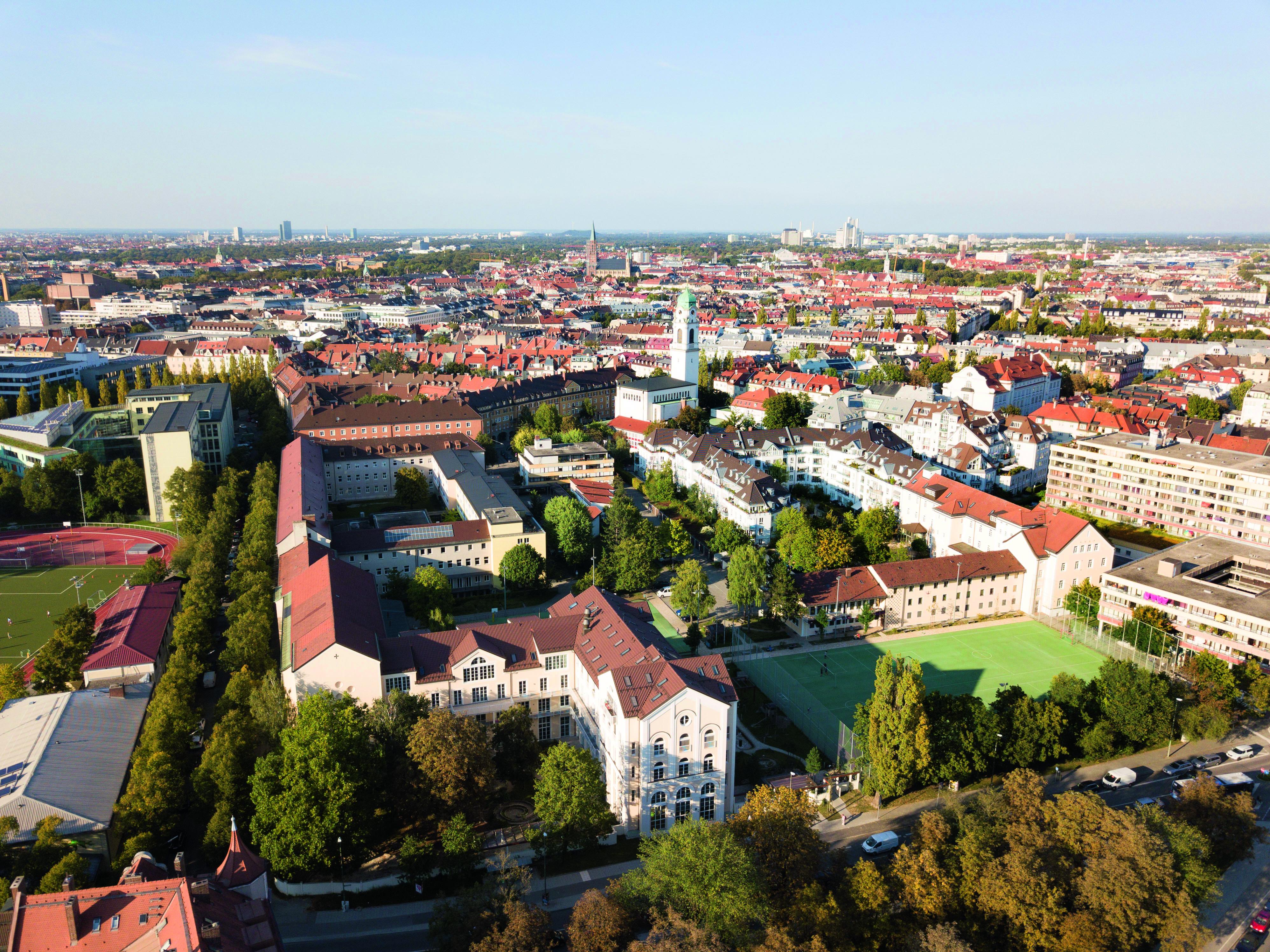 Ein Leuchtturm Mitten In München Mk Online